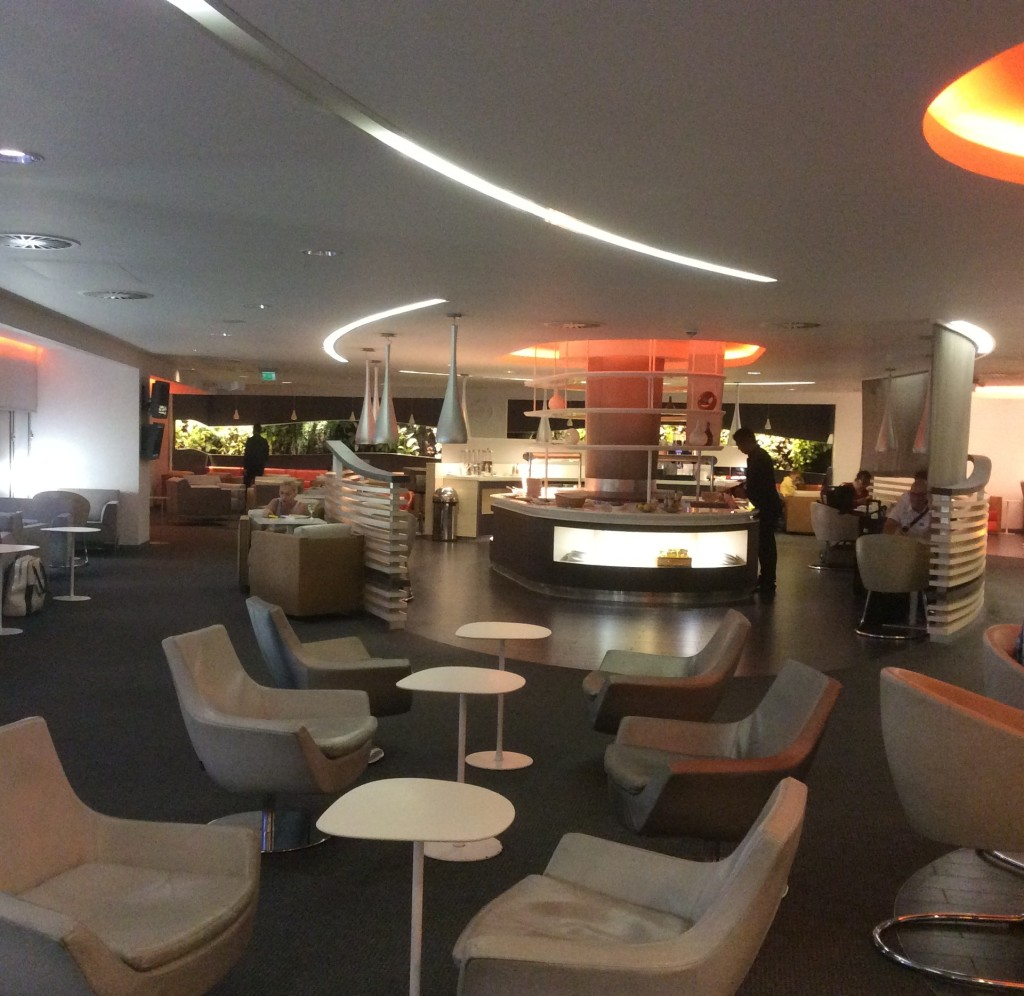 10-08-14-Skyteam-lounge-Heathrow-Airport-England
