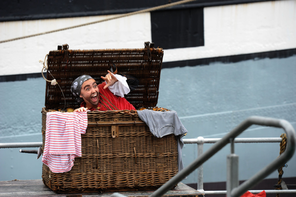 Pirate Larry(LucyGransbury)hides.Image courtesy of Australian Shakespeare Company. Photographer Matt Deller.