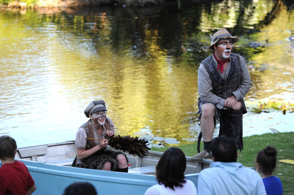 Mole (Chloe Bruer-Jones)and Ratty (Leigh Piper) on the river. Image courtesy of Australian Shakespeare Company. Photographer Matt Deller.