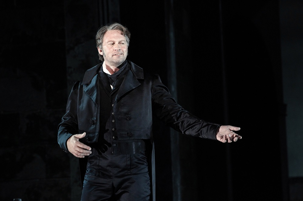 Teddy Tahu Rhodes as Don Giovanni. Picture by Jeff Busby