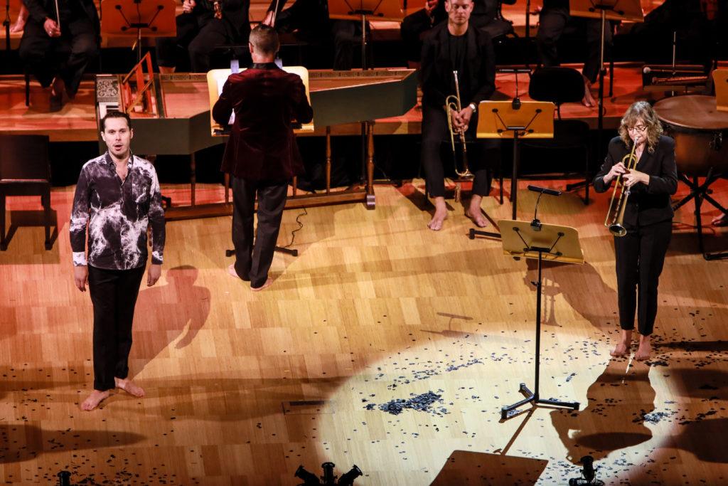 David Greco performs in in Australian Brandenburg Orchestra's Messiah.