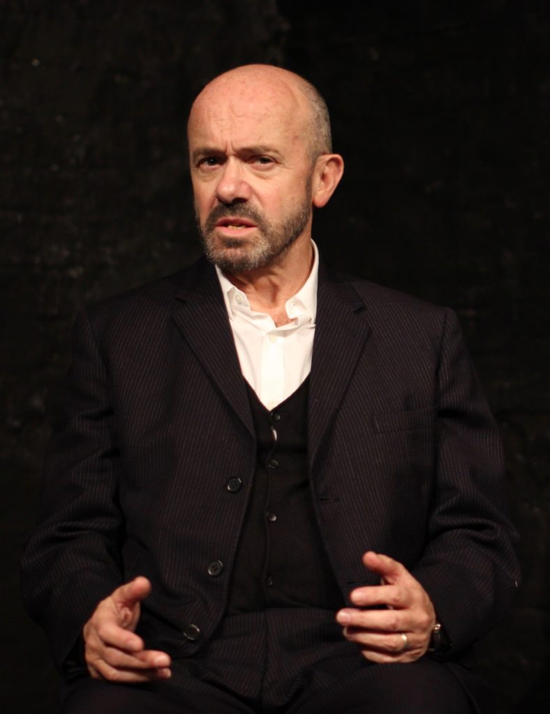Rob Meldrum stars in L'Amante Anglaise