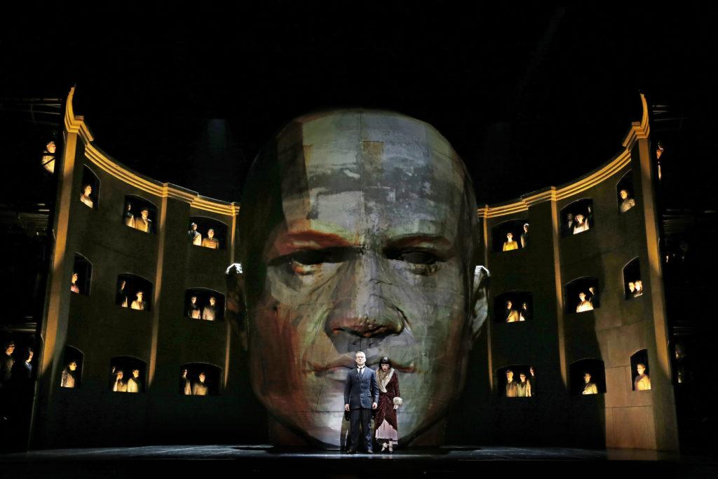 Michael Honeyman as King Roger and Lorina Gore as Roxana in Opera Australia's 2017 production of King Roger