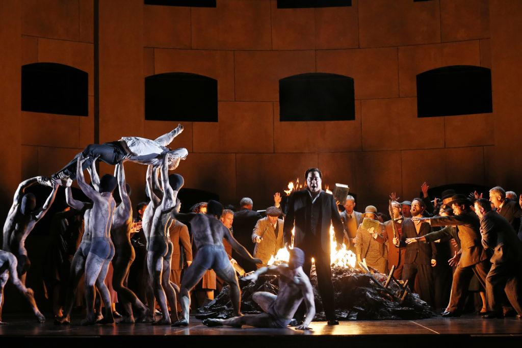 Michael Honeyman, Arthur Espiritu,, Opera Australia's Dancers and Chorus in Act Three.