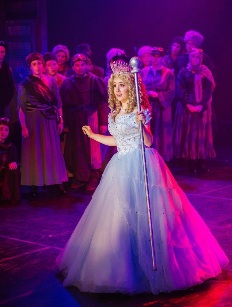 Jasmine Arthur(Glinda)